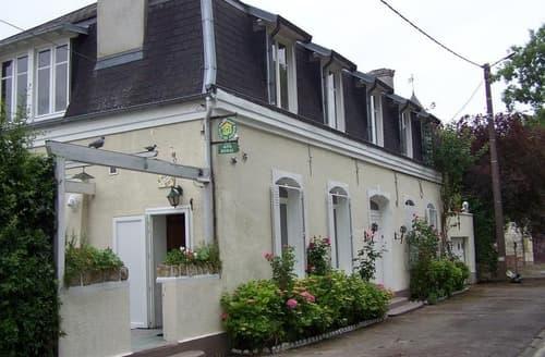 Last Minute Cottages - Les Primevères - G98005