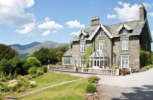 Last Minute Cottages - Grange House Keswick