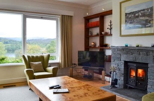 Last Minute Cottages - Tasteful Grasmere And The Langdale Valley Cottage S86207