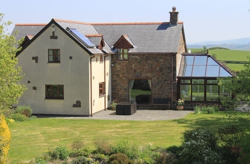 Last Minute Cottages - Charming Newtown Cottage S104442