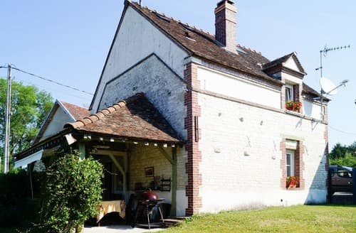 Last Minute Cottages - La Salle de Danse - G80