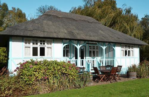Last Minute Cottages - Tasteful Wroxham Cottage S17739