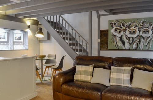 Last Minute Cottages - Grange End Stables