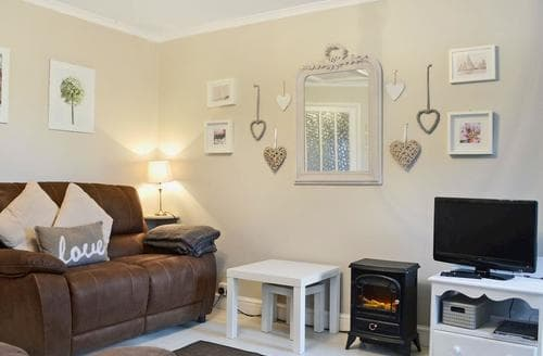 Dog Friendly Cottages - Tasteful Windermere Cottage S18718