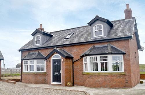 Last Minute Cottages - Delightful Staithes Cottage S45874