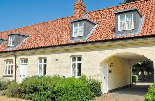 Last Minute Cottages - The Old Stables - BNH