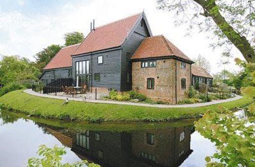 Last Minute Cottages - Tithe Barn - BPU
