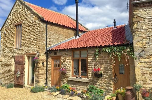 Last Minute Cottages - Manor House Dairy Cottage