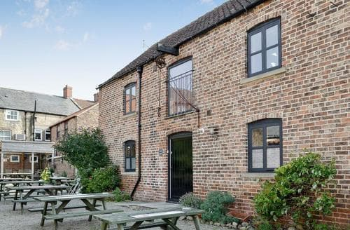 Big Cottages - Charming Bedale Cottage S70334