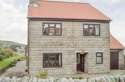 Last Minute Cottages - Denton House