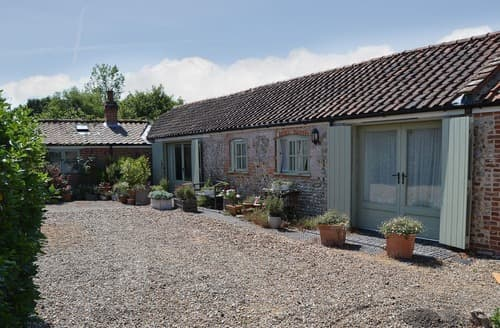 Last Minute Cottages - Gorgeous North Walsham Cottage S17548