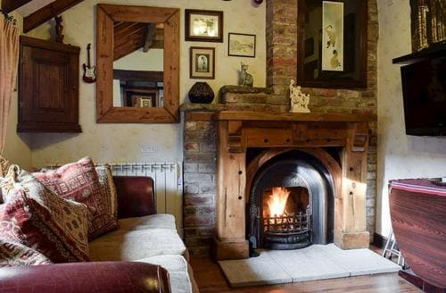 Last Minute Cottages - Exquisite Whitby Cottage S78083