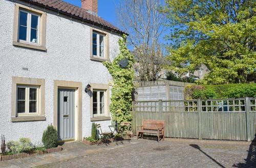 Last Minute Cottages - Marrick Cottage