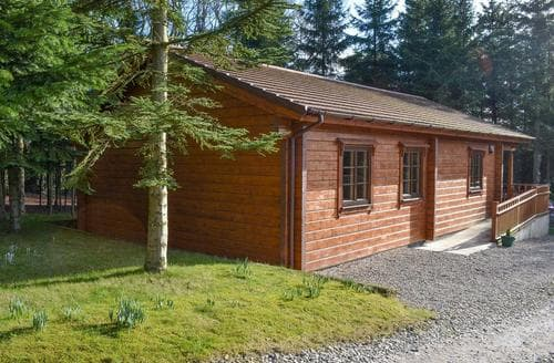 Last Minute Cottages - Chloe's Lodge