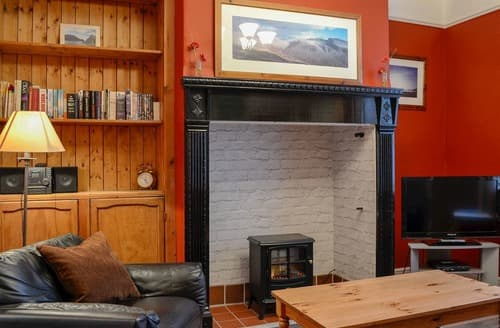 Last Minute Cottages - Inviting Keswick Apartment S84575