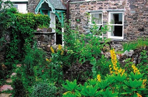 Last Minute Cottages - Bunbury Cottage