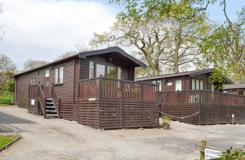 Last Minute Cottages - Attractive Keswick Lodge S84546