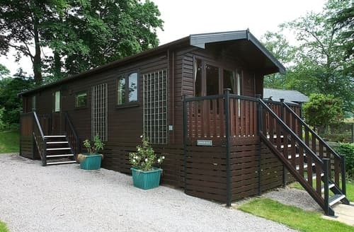 Last Minute Cottages - Cosy Keswick Lodge S84553