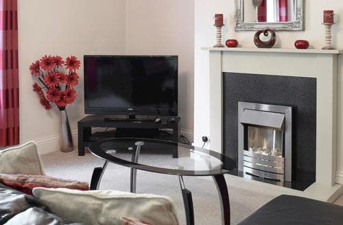 Last Minute Cottages - Wonderful Whitby Apartment S85760