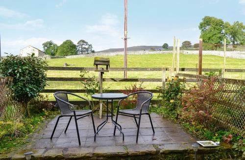 Last Minute Cottages - Charming Malham Cottage S86202
