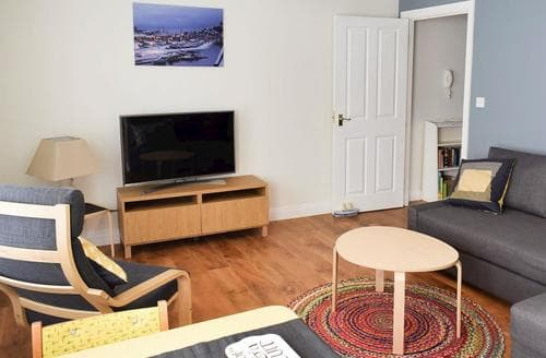 Last Minute Cottages - Splendid Whitby Apartment S88240
