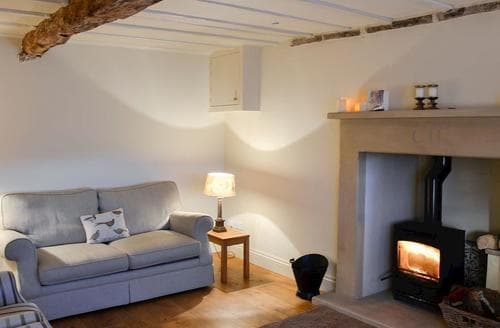 Last Minute Cottages - Quaint Reeth Cottage S90334