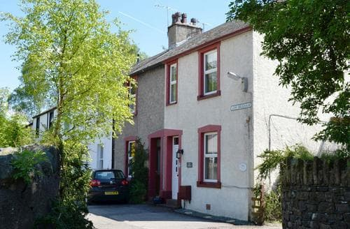 Big Cottages - Inviting Keswick Cottage S85037