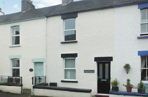 Last Minute Cottages - Causey Cottage