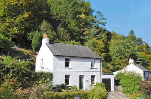Dog Friendly Cottages - Exquisite Thornthwaite Cottage S84886