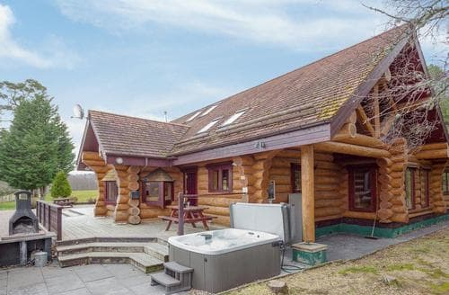 Last Minute Cottages - Adorable Aviemore Lodge S95225