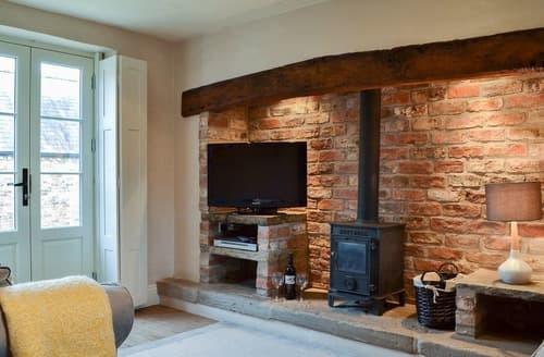 Last Minute Cottages - Cowper Cottage - UK2604