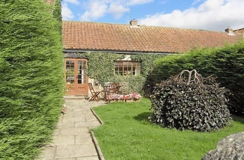 Last Minute Cottages - Rose Cottage - UK2616