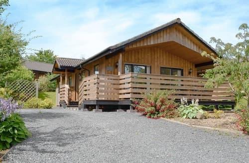 Last Minute Cottages - Lyzzick Lodge