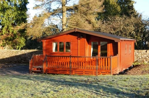 Dog Friendly Cottages - Charming Bassenthwaite Lodge S85190