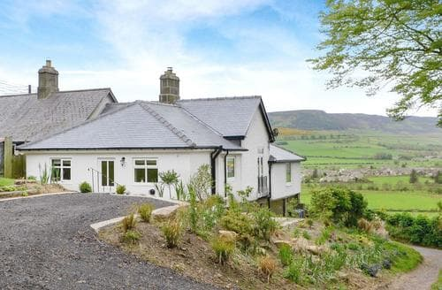 Last Minute Cottages - Inviting Rothbury Cottage S81127