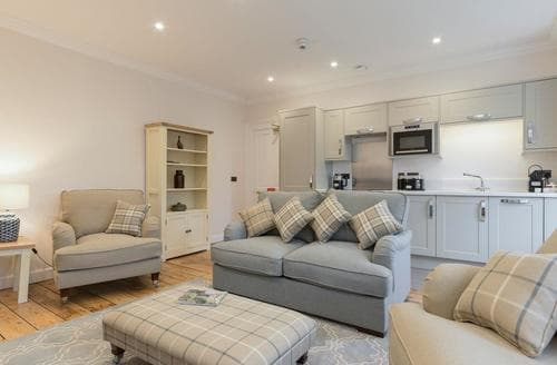Last Minute Cottages - Hexham House Apartment 7 - UK3198