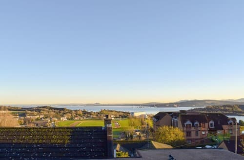 Last Minute Cottages - Forth View Apartment - UK10460