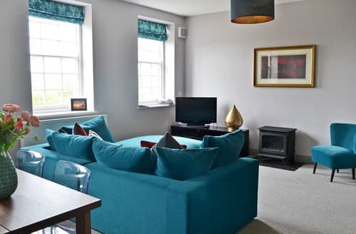 Last Minute Cottages - Charming Alnmouth Apartment S88838