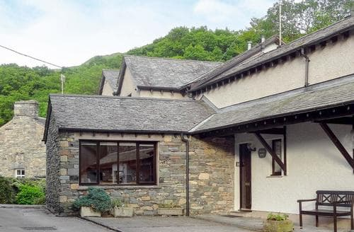 Last Minute Cottages - Inviting Ambleside Cottage S85173