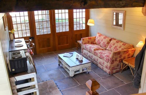 Last Minute Cottages - Demesne Retreat
