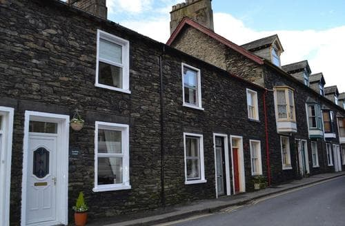 Last Minute Cottages - Excellent Bowness On Windermere Cottage S45525