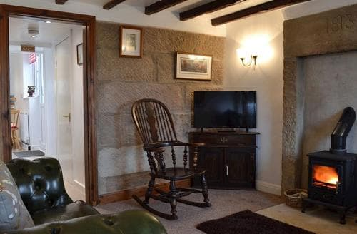Last Minute Cottages - Inviting Bakewell Cottage S78736