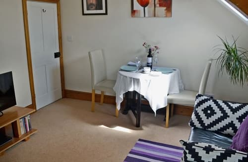 Last Minute Cottages - Gorgeous Staithes Apartment S38008