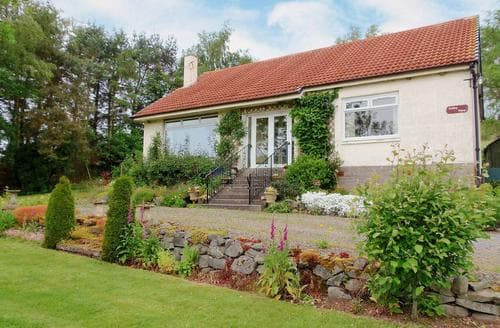 Last Minute Cottages - Valley View Broughton