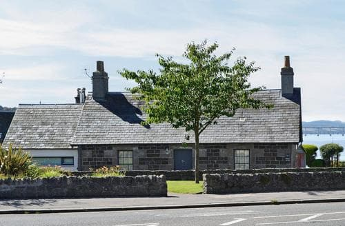 Last Minute Cottages - Cosy Dundee Cottage S72020