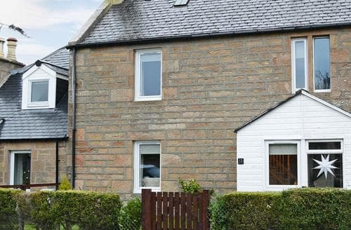 Last Minute Cottages - Delightful All Black Isle Cottage S74019
