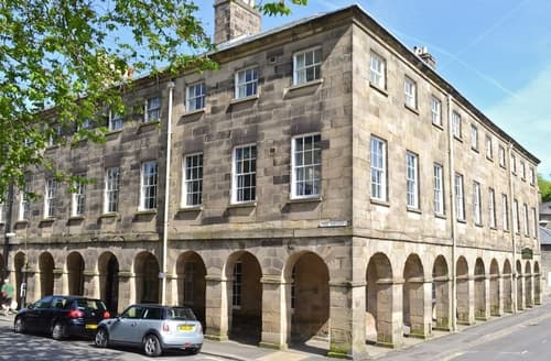 Last Minute Cottages - Splendid Buxton Apartment S37387