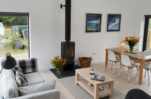 Last Minute Cottages - Splendid Strathpeffer Cottage S85293