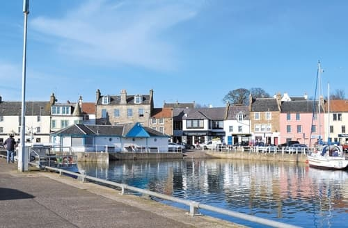Last Minute Cottages - Quaint Anstruther Apartment S27082