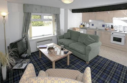 Last Minute Cottages - Lovely Crianlarich Cottage S84125